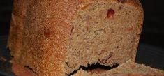 לחם ביתי מקמח כוסמין וחמוציות
